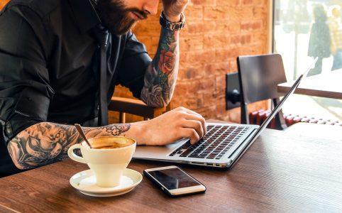 Las cafeterías workplace para escribir son una opción inspiradora, pero también comportan algún inconveniente